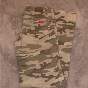 Level 99 Wide Leg Camo Pants- Offer/Bundle to Save